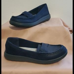 Shoes - Clarks Cloudstepper Navy Loafers